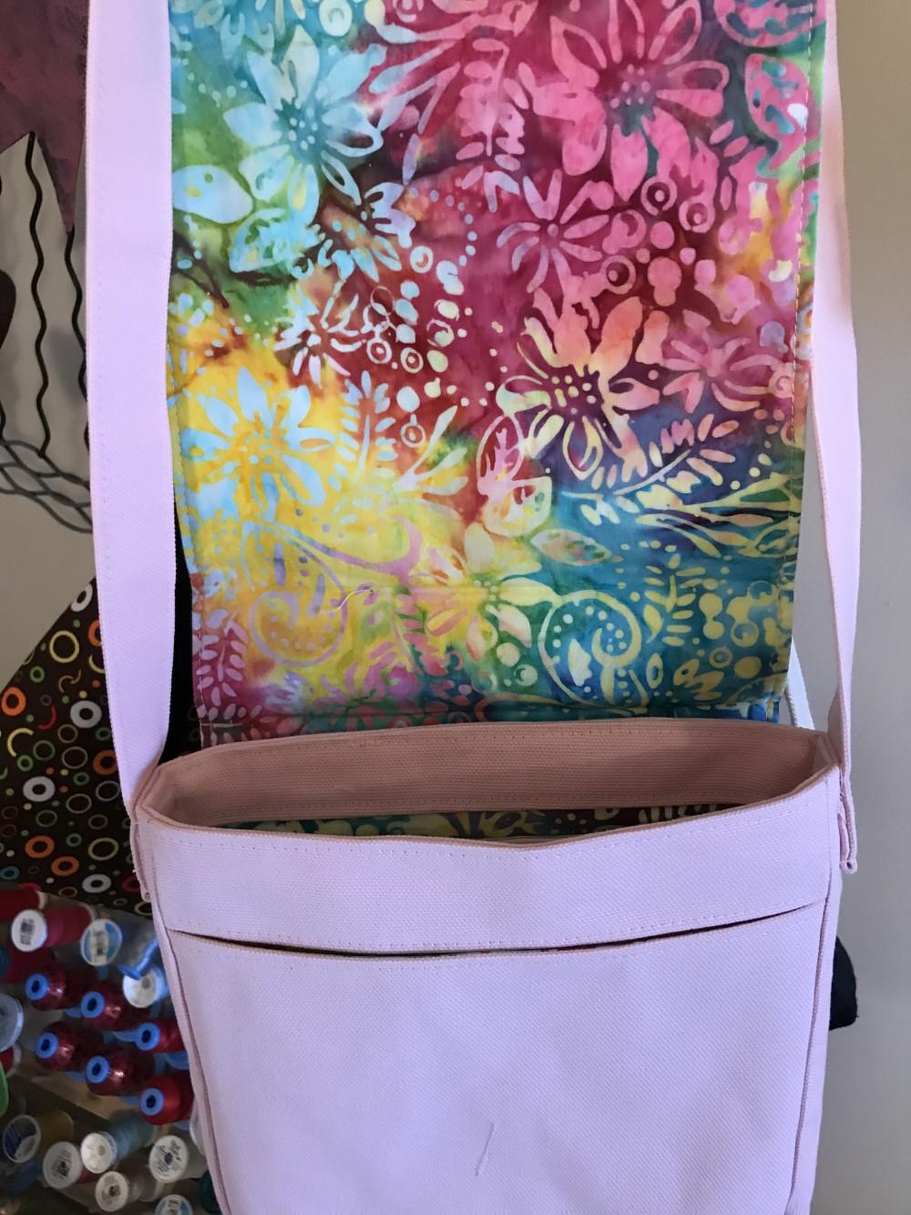 Sherri sewing tote bags for Sew Powerful